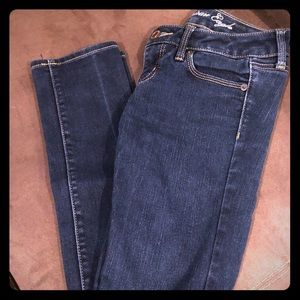 American Eagle skinny jeans size 4short